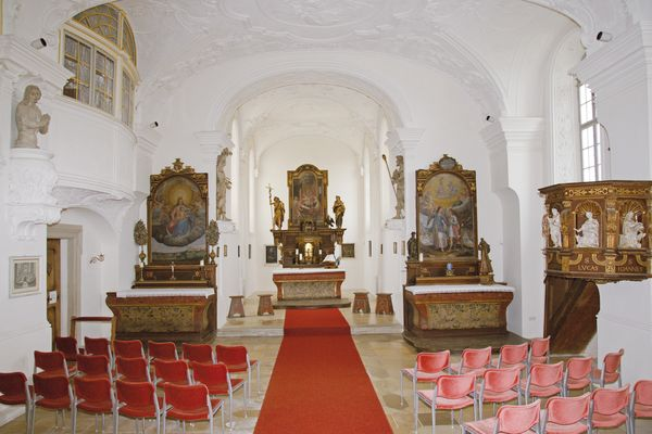Innenansicht der Schlosskapelle in Ellwangen
