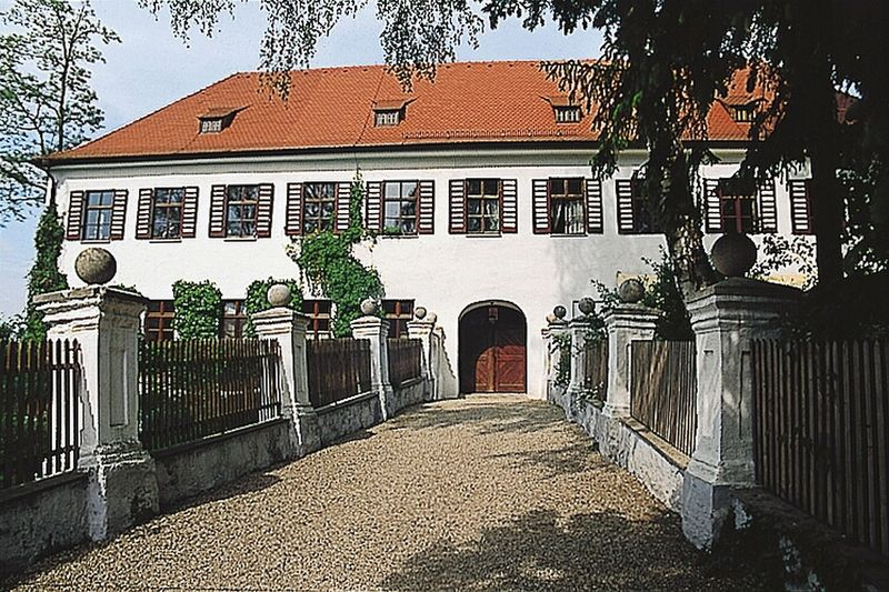 Schloss Ratzenhofen in Elsendorf
