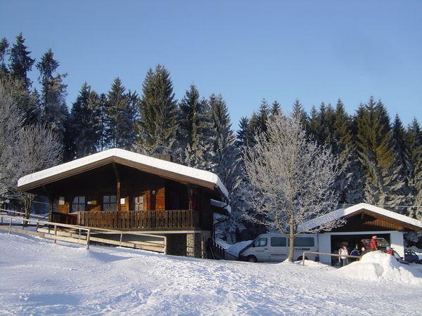 Skihütte im Wintersportzentrum Eppenschlag-Fürstberg im Bayerischen Wald
