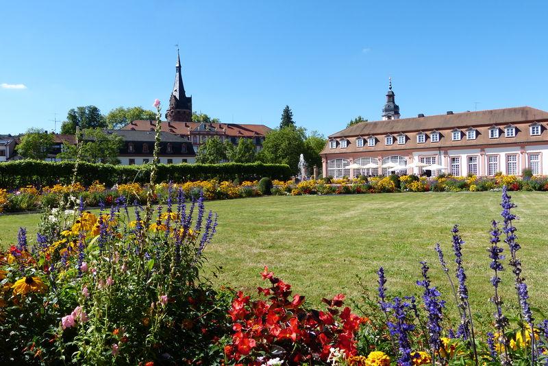 Lustgarten mit Orangerie