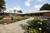 Die Kurhalle im Kurpark bietet vielerlei Möglichkeiten zur abwechslungsreichen Freizeitgestaltung.