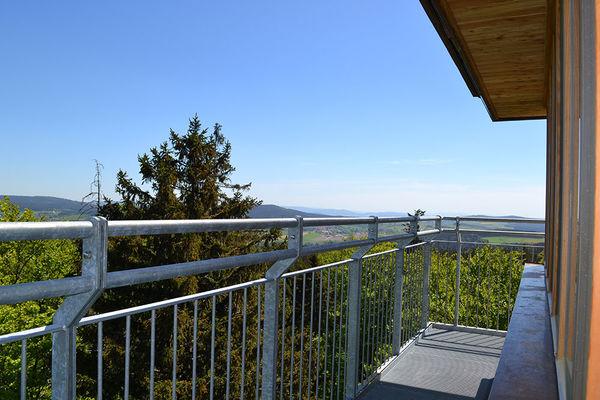 Galerieausblick vom Aussichtsturm auf dem Stückberg