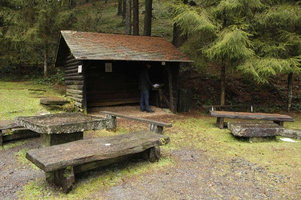 Impressionen der Schutzhütte Mathecke