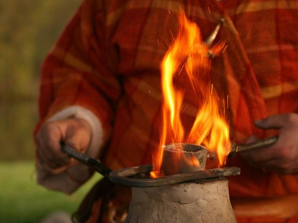 Schmiedeaktion in der keltischen Schmiede in Essing-Altessing