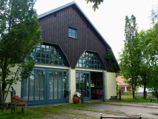 Kunst- und Kulturzentrum ist der alte Lokschuppen in Falkenstein