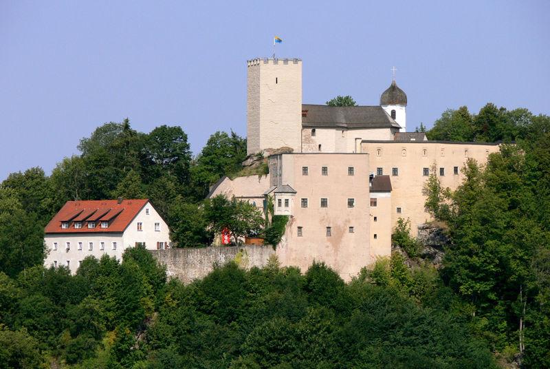 Blick auf Burg Falkenstein im Vorderen Bayerischen Wald