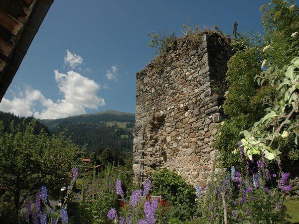 Burg Strahlegg Fideris