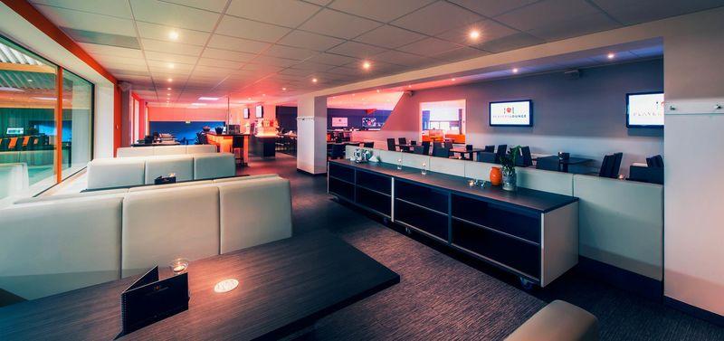 Sitzbereich in der Players Lounge