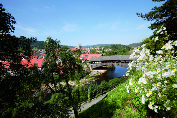 Historische Holzbrücke in Forbach