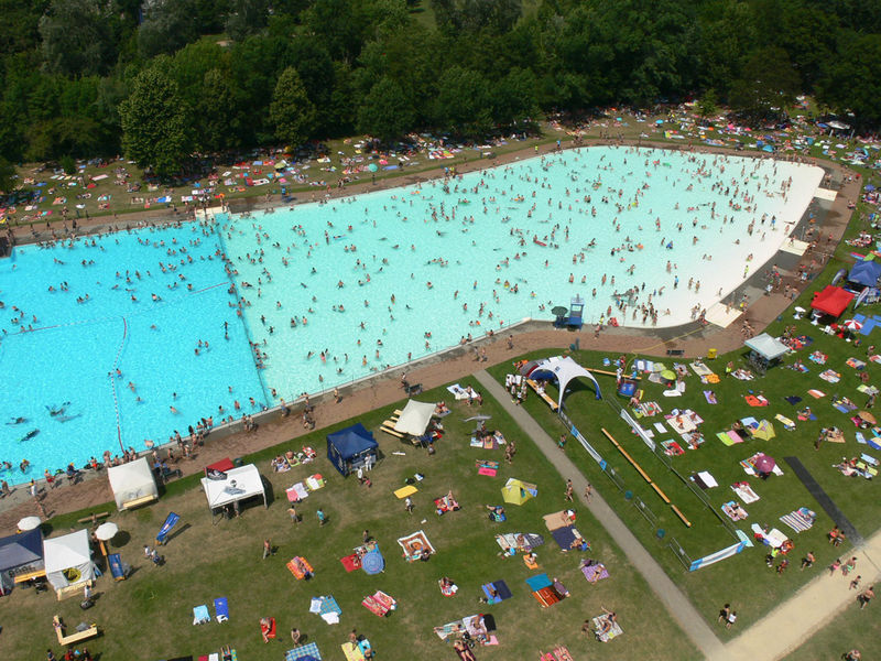Frankfurt Swimming Pool open air bath brentano frankfurt tourism