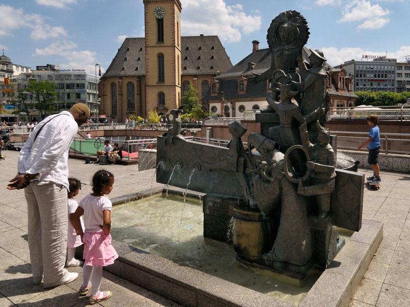 Struwwelpeterbrunnen
