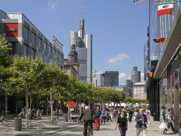 zeil shopping promenade frankfurt tourism. Black Bedroom Furniture Sets. Home Design Ideas