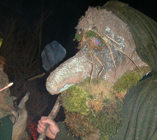 Mystische Gestalt bei der Frauenauer Rauhnacht im ArberLand Bayerischer Wald