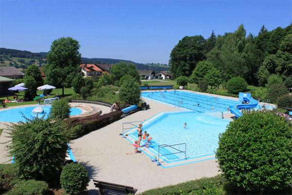 Das Freibad in Frauenau