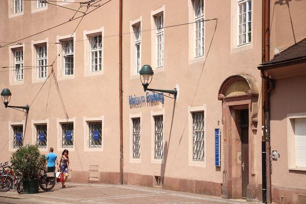 Vecchia Università con l'Uniseum Friburgo