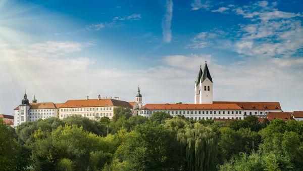 Panoramabild des Freisinger Doms