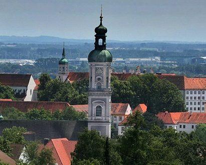 Kirchturm - Pfarrkirche St. Georg in Feising
