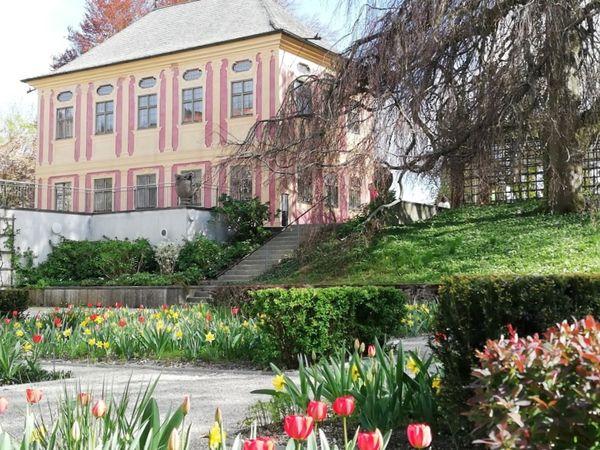 Salettl im Hofgarten der Weihenstephaner Gärten in Freising