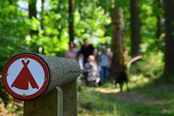 Themenpfad Nordamerika im Weltwald im Kranzberger Forst bei Freising