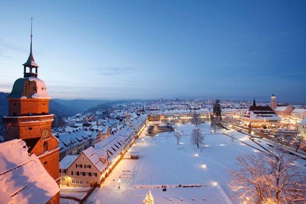 Marktplatz im Winter