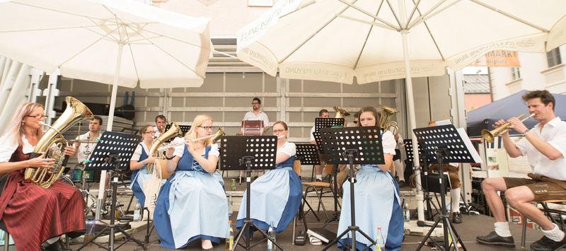 Musikalische Darbietung auf dem traditionellen Freyunger Bürgerfest