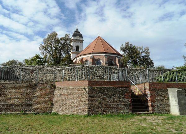 Dom, Stadtmauer und Katzentreppe