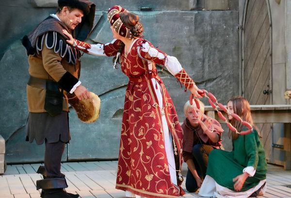 Der Drachenstich ist Deutschlands ältestes Volksschauspiel