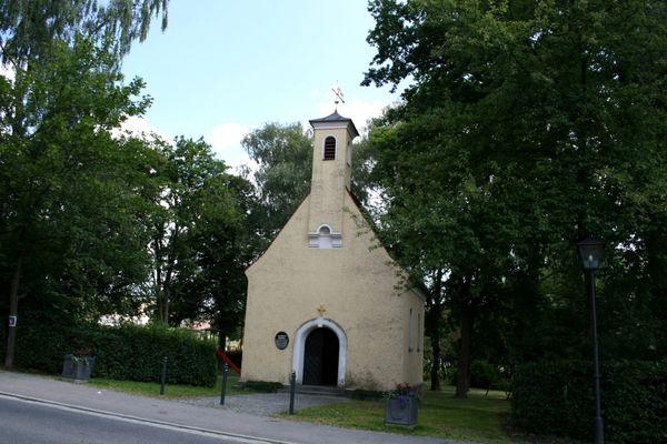 Die Leonhardikapelle in Furth im Wald im Hohenbogen-Winkel