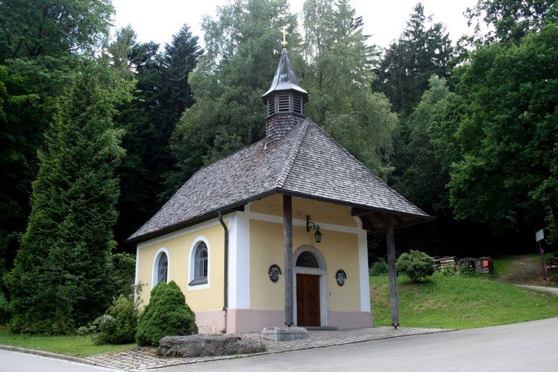 Die Voithenbergkapelle beim alten Schloss in Furth im Wald
