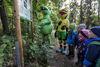 Spannende Geschichten im Walderlebnispfad Voithenberg von Fanny und Lurchi
