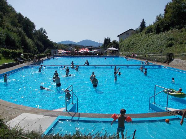 Schwimmbad in Gaggenau-Sulzbach