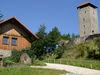 Burgmuseum und Burgturm der Burgruine Altnußberg bei Geiersthal im Bayerischen Wald