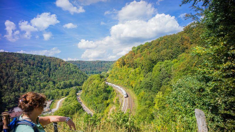 Die Geislinger Steige vom Aussichtspunkt Mühlfelsen