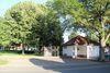 Blick auf den Kirchpark in Lageneicke