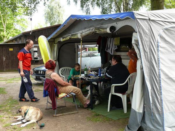Camping mit Hund, Foto: Zenker