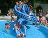 Badespaß bei der Kinderrutsche im Erlebnisfreibad Bärenwelle in Grafenau