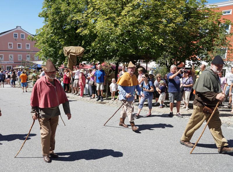 Historische Säumerfest mit Mittelaltermarkt und großem Säumerzug