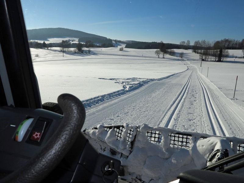 Das Loipengebiet Grafenau macht mit rund 35 km gespurten klassischen Loipen und 15 km Skatingloipen so richtig Lust auf Winter.