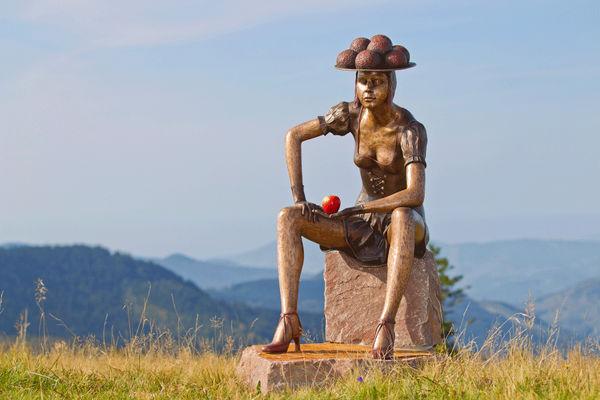 Schwarzwaldmarie in Bronze