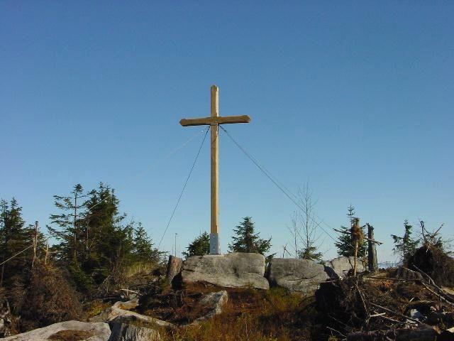 Gipfelkreuz am Einödriegel in der Gemeinde Grafling im Deggendorfer Land