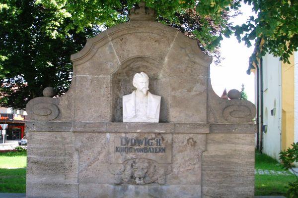 König-Ludwig II.-Brunnen in Grassau