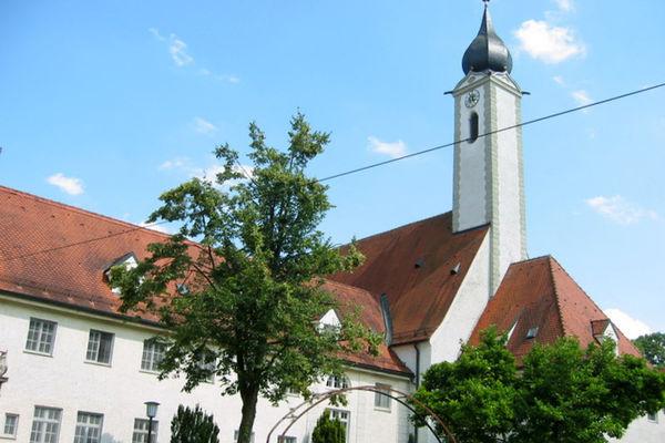 Ehemaliges Kloster Altenhohenau.