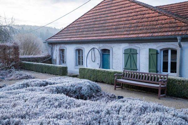 Schloss Karlsbrunn im Winter