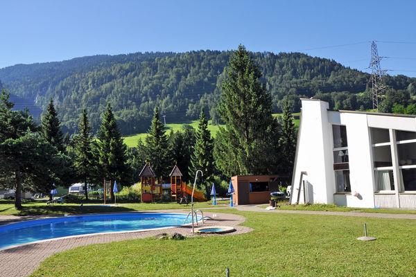 Schwimmbad beim Hotel Grüsch