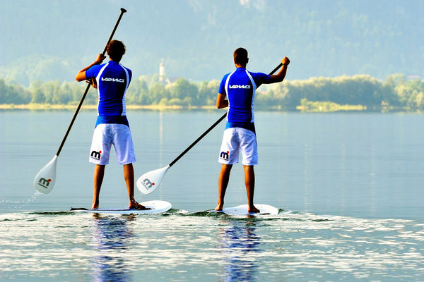 SUP-Paddler am Chiemsee