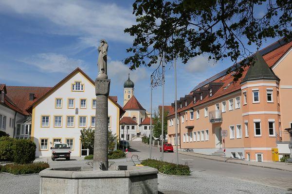 Dorfplatz von Haag an der Amper