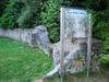 Mauerreste der Burgruine Haibach auf dem Hofberg