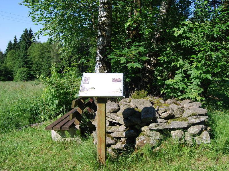 Info-Tafel am Naturlehrpfad Elisabethszell in der Urlaubsregion St. Englmar
