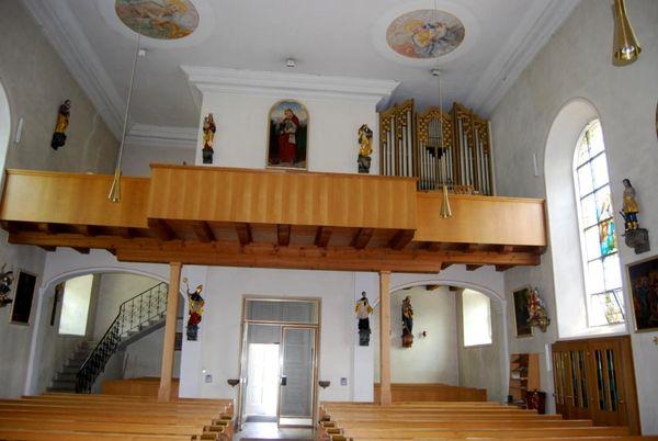 Empore und Orgel in der Pfarrkirche in Elisabethszell