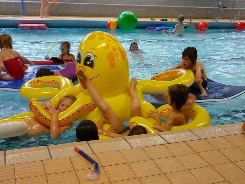 Spielmöglichkeiten im Wasser